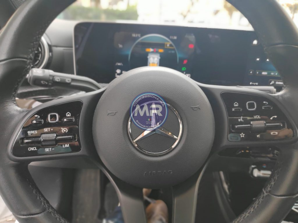 Mercedes-benz A 180 1.5d PREMIUM AUTOMATICA 2019 USATO | Prezzo 24500 26